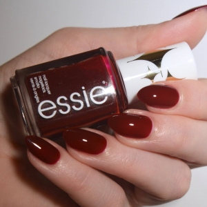 Essie Bold Beauty