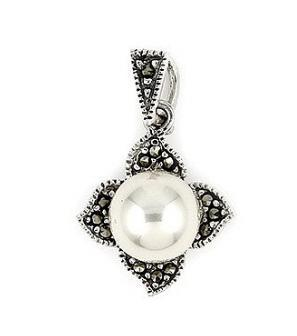 Pandant argint in forma de floare cu marcasite si perle1
