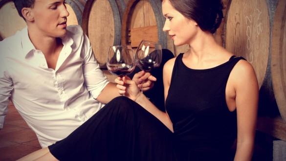 Sa bei vin inainte sa te culci ajuta sa slabesti