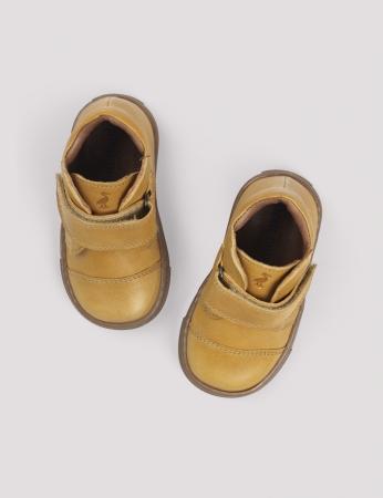 Kicks velcro Mustard1