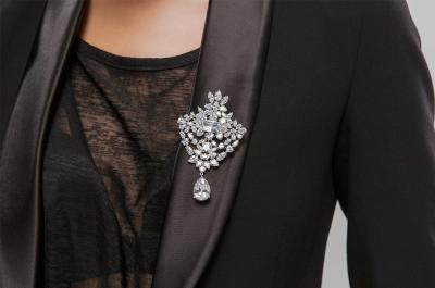 Brosa Borealy Lady Crystals4