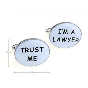 Butoni Borealy Trust Me / I am a Lawyer1