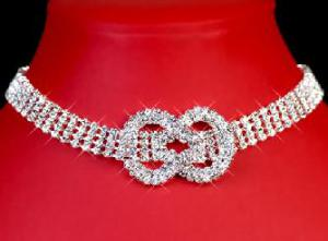 Wonderful Colier made with Swarovski Elements0