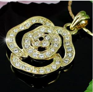 Rose Goldy Medalion made with Swarovski Elements0