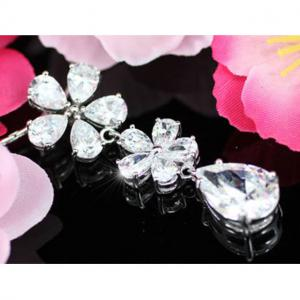 Colier Borealy Diamonds Flowers5