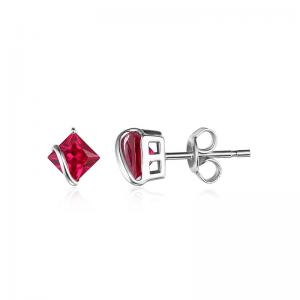 Borealy Red Merry Rubin Studs 6 carate Argint 9253