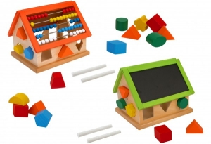 Casa lemn cu activitati pentru copii Globo
