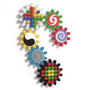 Joc creativ copii Quercetti traseu roti zimtate pe perete