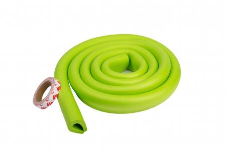 Banda protectie forma U verde pentru muchii si margini 3.5x0.7x200 cm