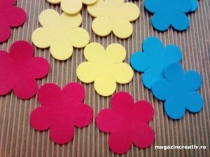 Flori spumă tricolor