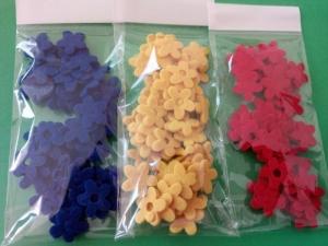 Flori mici tricolor