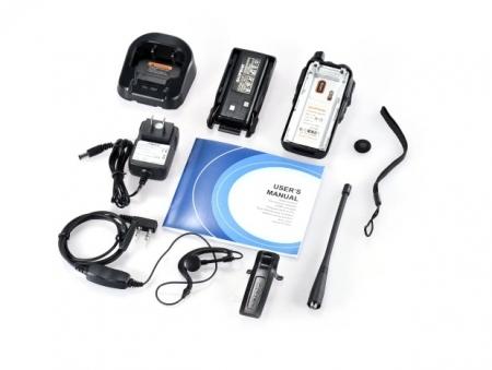 Set 10 statii UV- 82 walkie talkie transiever, 5 W, dual band VHF, UHF, 2800 mAH , radio FM, BONUS cablu programare + CD2