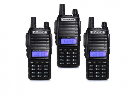 Set 3 statii UV- 82 walkie talkie transiever, 5 W,  dual band VHF, UHF, 2800 mAH , radio FM