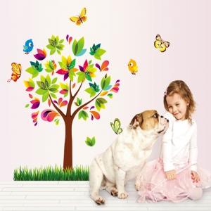 Autocolant de perete pentru copii - Copacelul fermecat