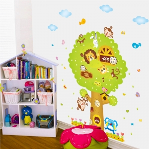 Sticker camere copii - Copacul Urias3