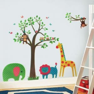Sticker decorativ copii -  In jungla colorata1