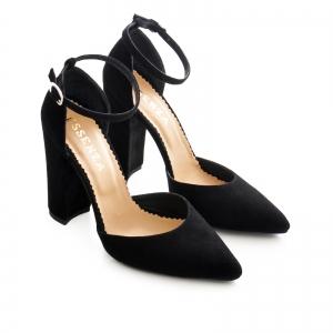 Pantofi cu decupaj interior si exterior. din piele intoarsa neagra2