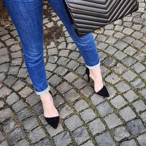 Pantofi Stiletto, din piele intoarsa neagra1