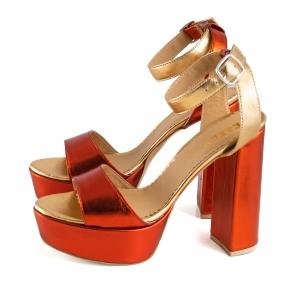 Sandale din piele laminata portocaliu intens si auriu, cu toc gros patrat si platforma1