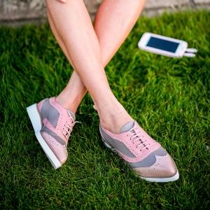 Pantofi din piele roz si cafenie0