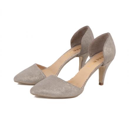 Pantofi stiletto decupati interior/exterior, realizati din piele intoarsa crem glitter2