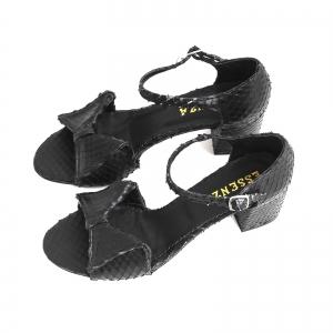 Sandale cu fundita din piele naturala neagra texturata2