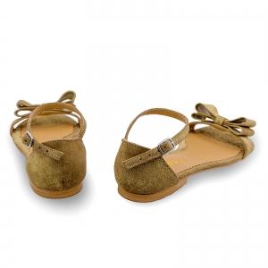 Sandale cu talpa joasa, din piele aurie glitter, cu fundite2