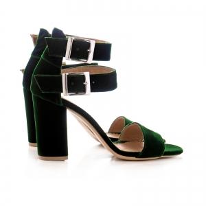 Sandale cu toc gros, din catifea verde1