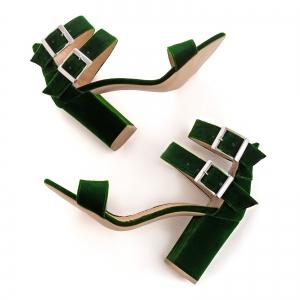 Sandale cu toc gros, din catifea verde3