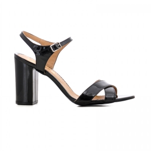 Sandale cu toc gros, din piele lacuita neagra0
