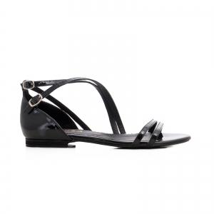 Sandale cu talpa joasa, din piele lacuita neagra0