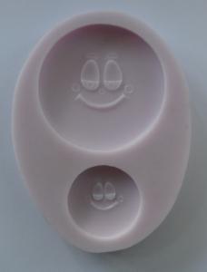 Mulaj din silicon, 2 fete zambitoare