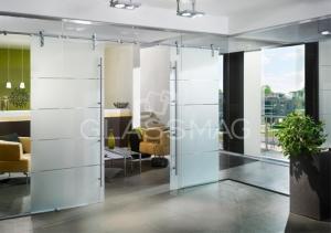 Set usa glisanta Manet Compact Dorma, fixare sticla cu supralumina si 2 panouri laterale fixe, cu sanfren, L=1200mm