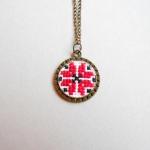 Medalion Etnis