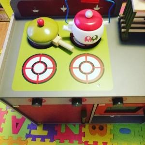 Bucatarie de lemn copii Dubla European Kitchen  cu accesorii10