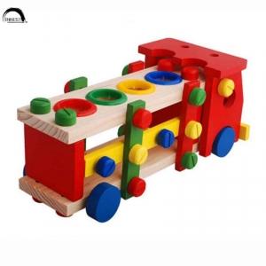 Camion de scule si ciocanel cu bile din lemn3