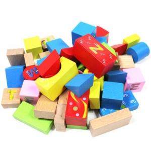 Set cuburi din lemn cu ghiozdan1