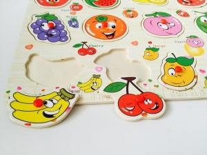 Puzzle din lemn cu maner Fructe4