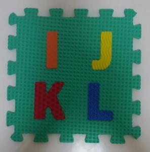 Set puzzel 10 piese cifre si litere  mari 31/31 cm3