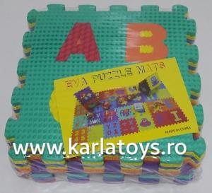 Set puzzel 10 piese cifre si litere  mari 31/31 cm0