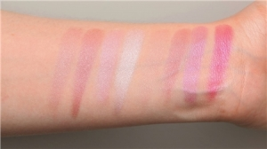 Revolution Blush Queen Blush Paleta