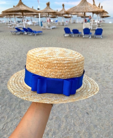 Canotiera Handmade din paie cu funda Albastra si albina0