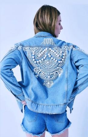 Jacheta Handmade cu aplicatii cu perle pe spate5