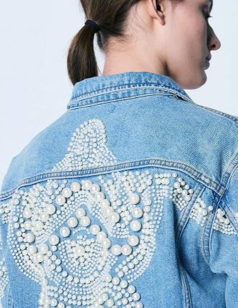 Jacheta Handmade cu aplicatii cu perle pe spate3