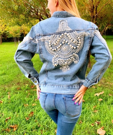 Jacheta Handmade cu aplicatii cu perle pe spate10
