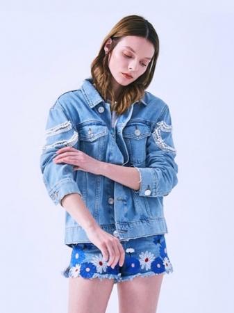 Jacheta Handmade cu aplicatii cu perle pe spate8