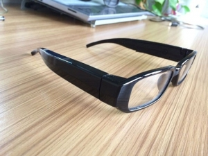 Ochelari spion camera video cu lentila perfect mascata 720p, 32 GB