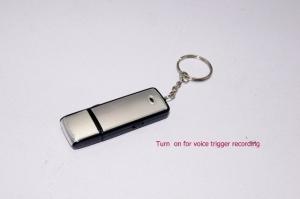 Reportofon spion cu senzor de activare vocala in stick usb 4 Gb