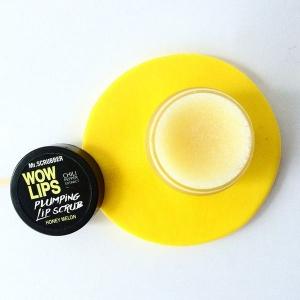 Scrub de buze cu zahăr si aromă de pepene Wow Lips Honey Melon, 40g