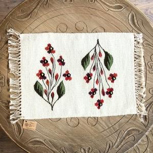 Carpetă 40x30 cm motiv flori de câmp roşii1